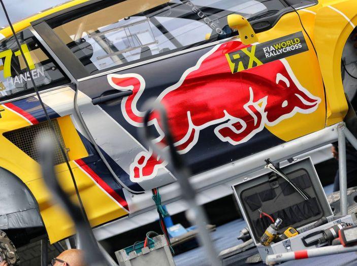 Il commento dei Piloti Peugeot al pregara di Hell - Foto 1 di 4
