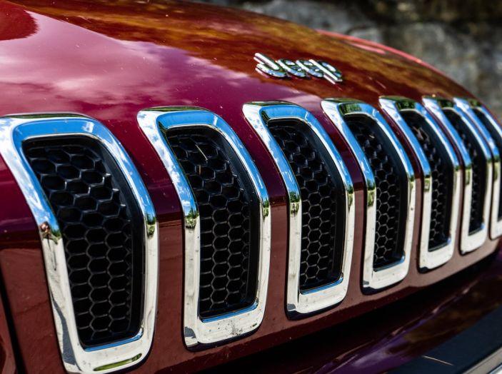 Test Drive Jeep Cherokee Overland, la prova del MultiJet da 200CV con 4×4 - Foto 12 di 27