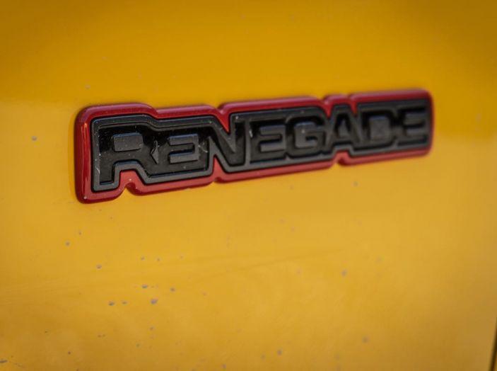 Prova completa Jeep Renegade 2019: Crossover dual su strada e in fuoristrada - Foto 5 di 24