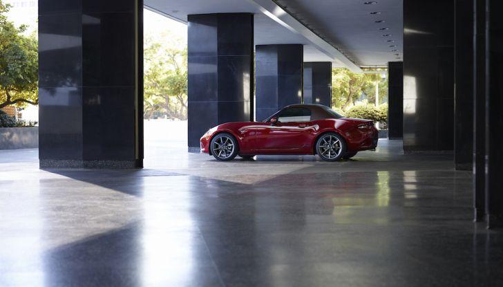Nuova Mazda MX-5 2019: più potenza per la Roadster giapponese - Foto 2 di 2