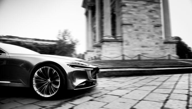 Mazda Vision Coupé 2018, la Concept dell'anno celebrata con l'arte - Foto 3 di 11
