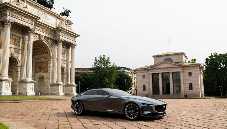Mazda Vision Coupé 2018, la Concept dell'anno celebrata con l'arte - Foto 8 di 11