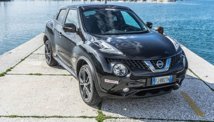 Prova Nissan Juke, Crossover Total Black con l'1.5 dCi da 110CV - Foto 11 di 37