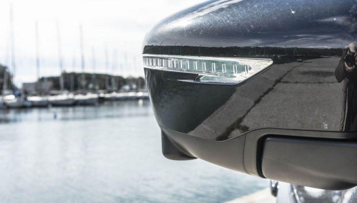 Prova Nissan Juke, Crossover Total Black con l'1.5 dCi da 110CV - Foto 12 di 37