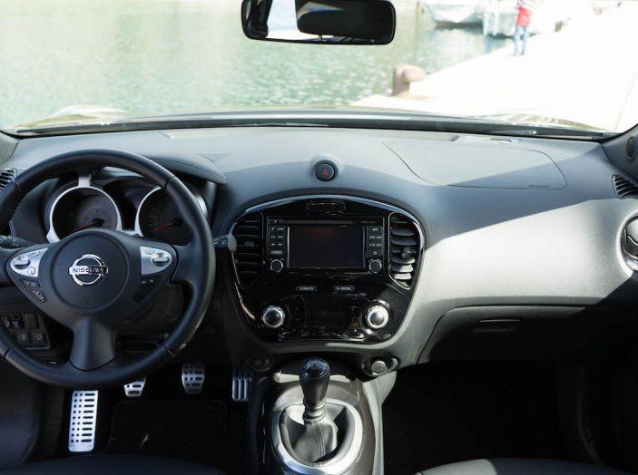 Prova Nissan Juke, Crossover Total Black con l'1.5 dCi da 110CV - Foto 17 di 37