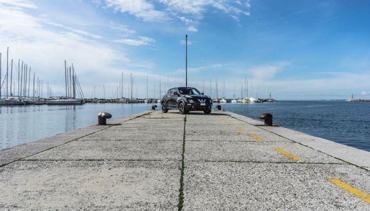 Prova Nissan Juke, Crossover Total Black con l'1.5 dCi da 110CV - Foto 2 di 37