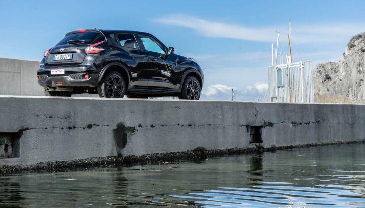 Prova Nissan Juke, Crossover Total Black con l'1.5 dCi da 110CV - Foto 22 di 37