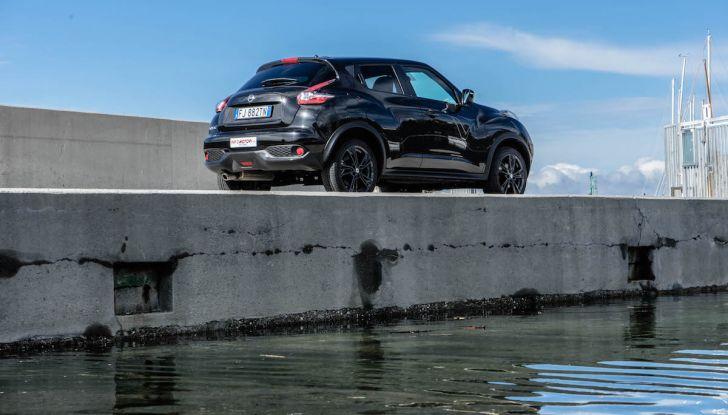 Prova Nissan Juke, Crossover Total Black con l'1.5 dCi da 110CV - Foto 23 di 37