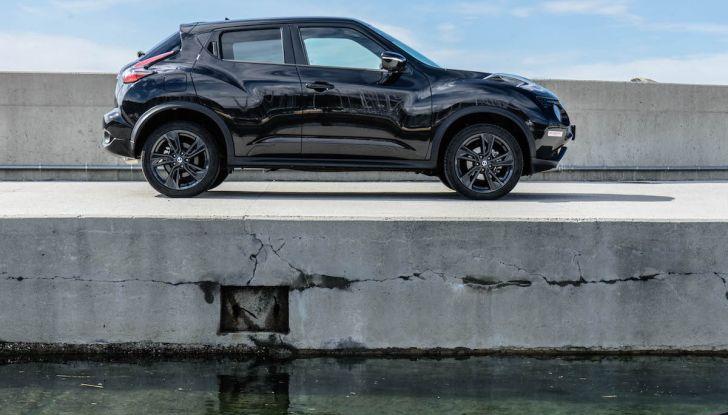 Prova Nissan Juke, Crossover Total Black con l'1.5 dCi da 110CV - Foto 24 di 37