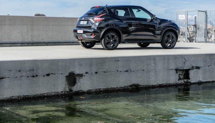 Prova Nissan Juke, Crossover Total Black con l'1.5 dCi da 110CV - Foto 25 di 37