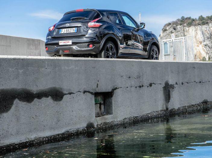 Prova Nissan Juke, Crossover Total Black con l'1.5 dCi da 110CV - Foto 26 di 37