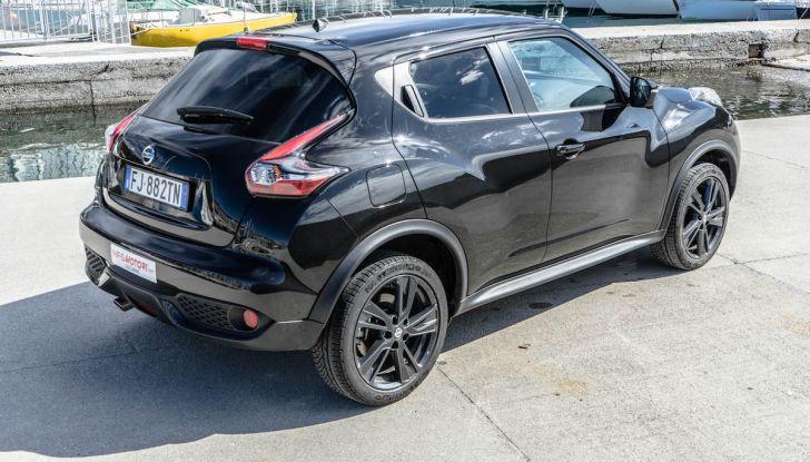 Prova Nissan Juke, Crossover Total Black con l'1.5 dCi da 110CV - Foto 32 di 37
