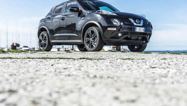 Prova Nissan Juke, Crossover Total Black con l'1.5 dCi da 110CV - Foto 7 di 37