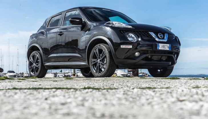 Prova Nissan Juke, Crossover Total Black con l'1.5 dCi da 110CV - Foto 8 di 37