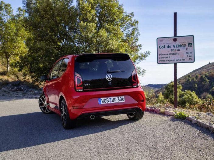 Nuova Volkswagen Up! GTI completa la gamma delle VW sportive - Foto 13 di 33
