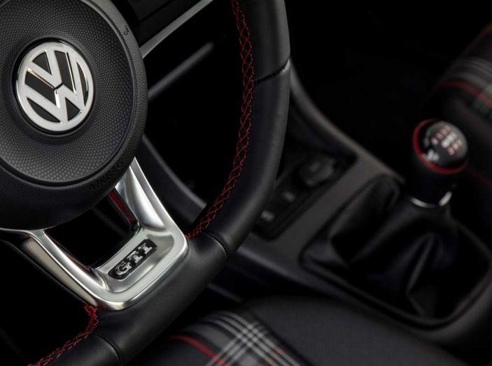 Nuova Volkswagen Up! GTI completa la gamma delle VW sportive - Foto 32 di 33