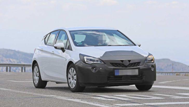 Opel Astra Facelift 2018, si avvicina il debutto della segmento C tedesca - Foto 19 di 20