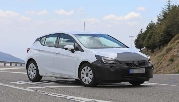 Opel Astra Facelift 2018, si avvicina il debutto della segmento C tedesca - Foto 20 di 20
