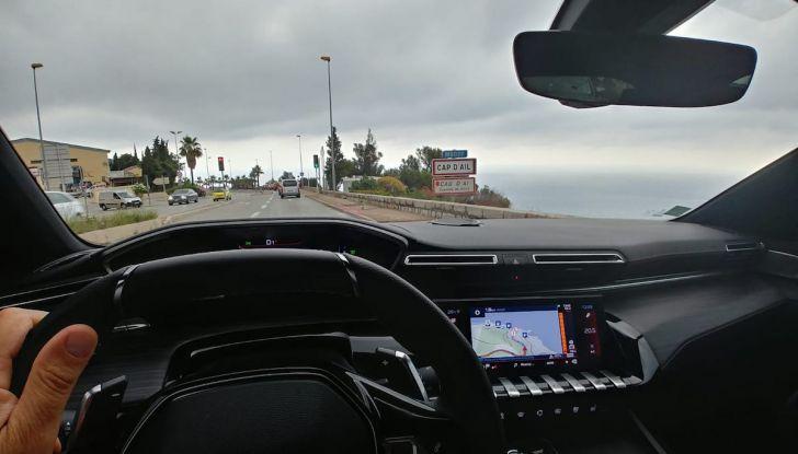 Test Drive Peugeot 508 2018: la berlina di lusso tra comfort e prestazioni - Foto 11 di 17