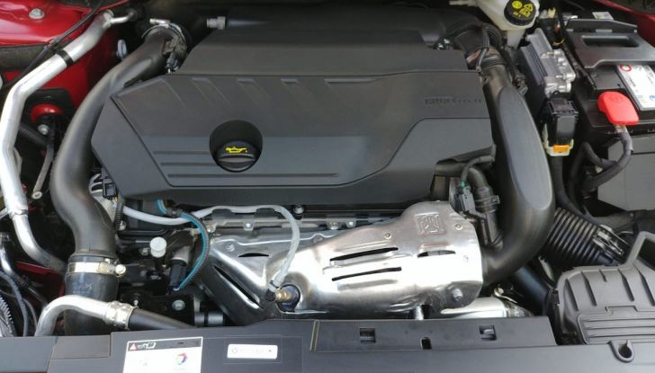 Test Drive Peugeot 508 2018: la berlina di lusso tra comfort e prestazioni - Foto 12 di 17