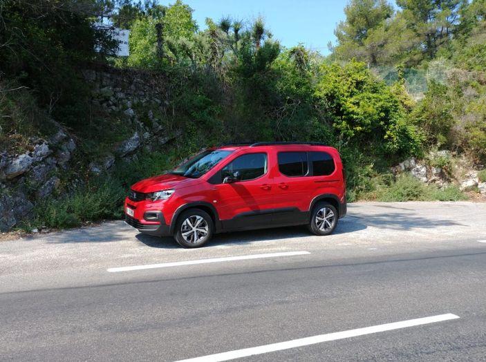 Prova nuovo Peugeot Rifter 2018: il multispazio pronto a tutto - Foto 11 di 22