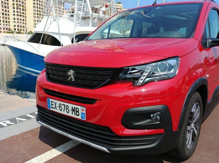 Prova nuovo Peugeot Rifter 2018: il multispazio pronto a tutto - Foto 14 di 22