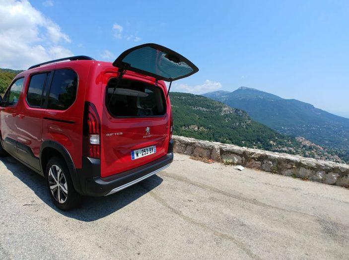 Prova nuovo Peugeot Rifter 2018: il multispazio pronto a tutto - Foto 20 di 22