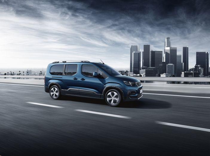 Prova nuovo Peugeot Rifter 2018: il multispazio pronto a tutto - Foto 6 di 22