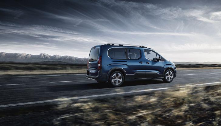 Prova nuovo Peugeot Rifter 2018: il multispazio pronto a tutto - Foto 9 di 22