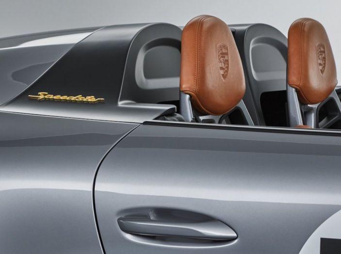 Porsche 911 Speedster: il ritorno di un mito per il 70° anniversario - Foto 20 di 26