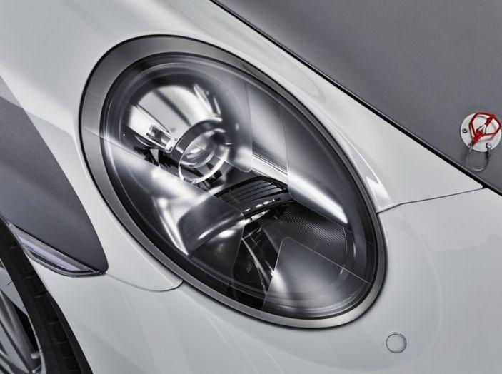 Porsche 911 Speedster: il ritorno di un mito per il 70° anniversario - Foto 22 di 26