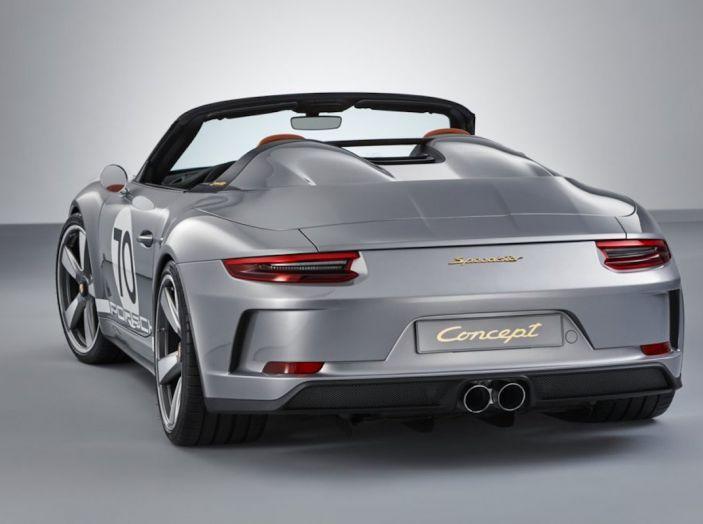 Porsche 911 Speedster: il ritorno di un mito per il 70° anniversario - Foto 24 di 26
