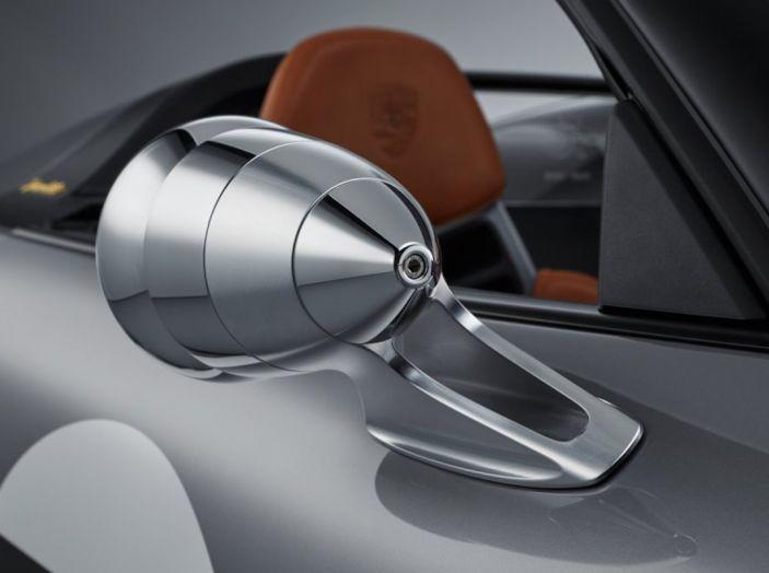 Porsche 911 Speedster: il ritorno di un mito per il 70° anniversario - Foto 3 di 26