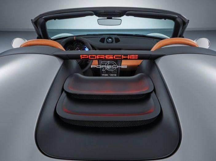 Porsche 911 Speedster: il ritorno di un mito per il 70° anniversario - Foto 10 di 26