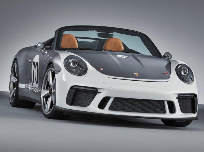 Porsche 911 Speedster: il ritorno di un mito per il 70° anniversario - Foto 18 di 26