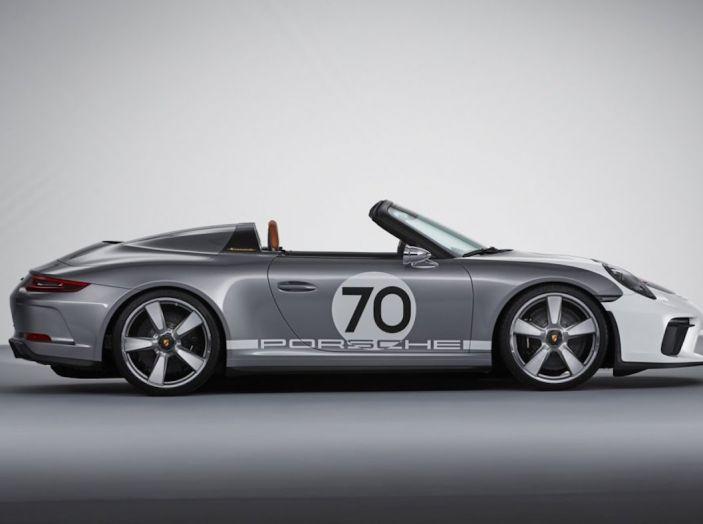 Porsche 911 Speedster: il ritorno di un mito per il 70° anniversario - Foto 19 di 26