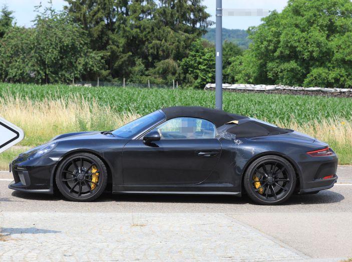Porsche 911 Speedster: il ritorno di un mito per il 70° anniversario - Foto 8 di 26