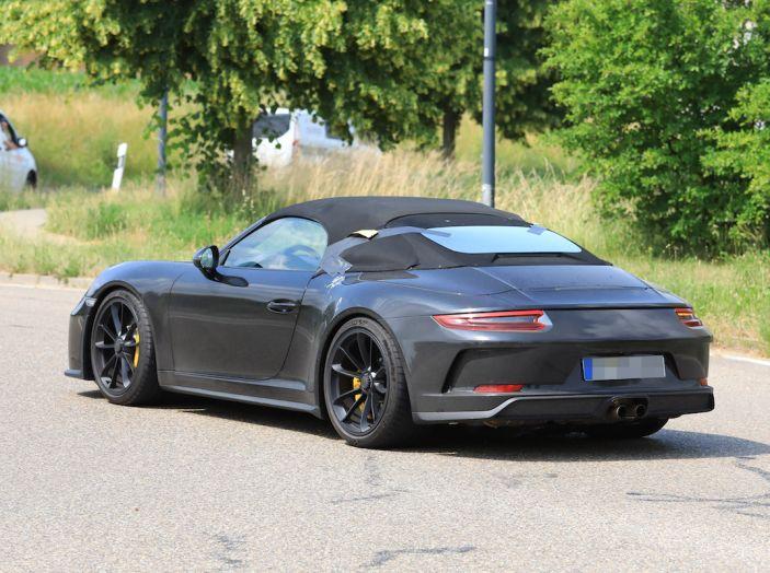 Porsche 911 Speedster: il ritorno di un mito per il 70° anniversario - Foto 14 di 26