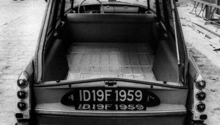 ID 19 Break, la prima station wagon di lusso europea - Foto 3 di 5