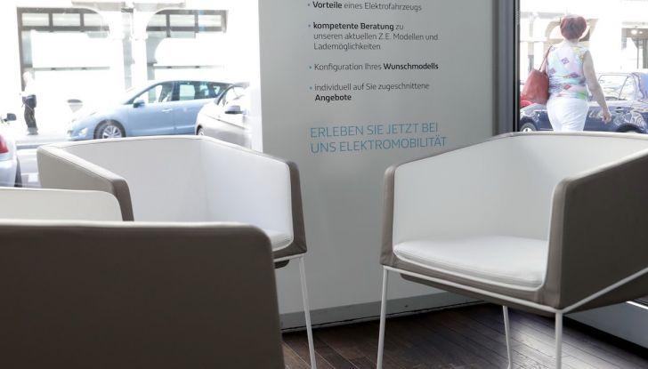Renault Electric Vehicle Experience Center al debutto a Berlino - Foto 14 di 18