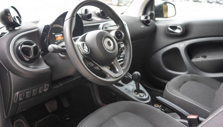 Prova Smart ForTwo Cabrio, la libertà della citycar per eccellenza - Foto 18 di 36