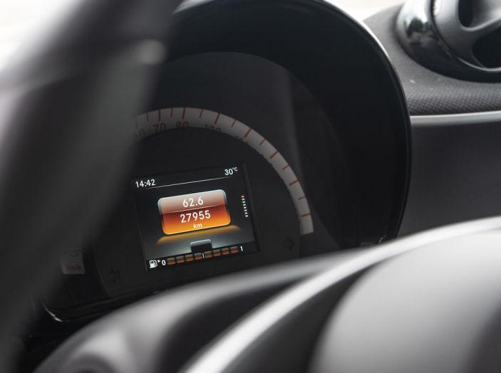 Prova Smart ForTwo Cabrio, la libertà della citycar per eccellenza - Foto 20 di 36
