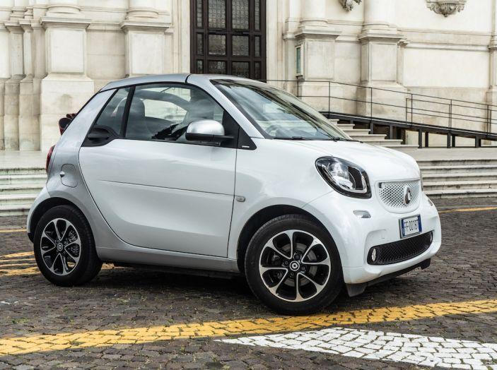 Prova Smart ForTwo Cabrio, la libertà della citycar per eccellenza - Foto 1 di 36