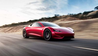 Tesla Roadster 2020 con speciale allestimento SpaceX Package