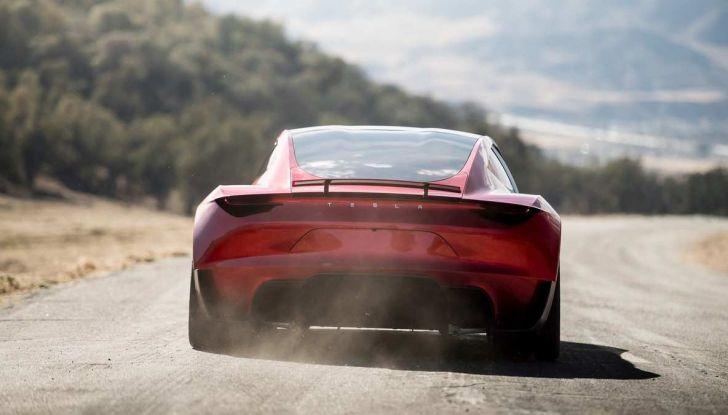 Tesla Roadster 2020 con speciale allestimento SpaceX Package - Foto 7 di 10