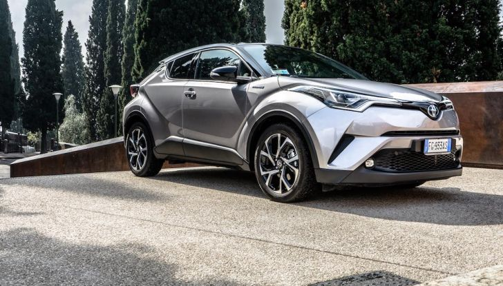 [VIDEO] Toyota C-HR 2018, La nostra prova dell'Hybrid SUV da 26Km/l - Foto 18 di 36