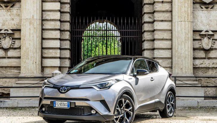 [VIDEO] Toyota C-HR 2018, La nostra prova dell'Hybrid SUV da 26Km/l - Foto 2 di 36