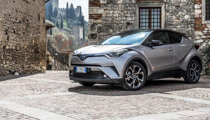 [VIDEO] Toyota C-HR 2018, La nostra prova dell'Hybrid SUV da 26Km/l - Foto 1 di 36
