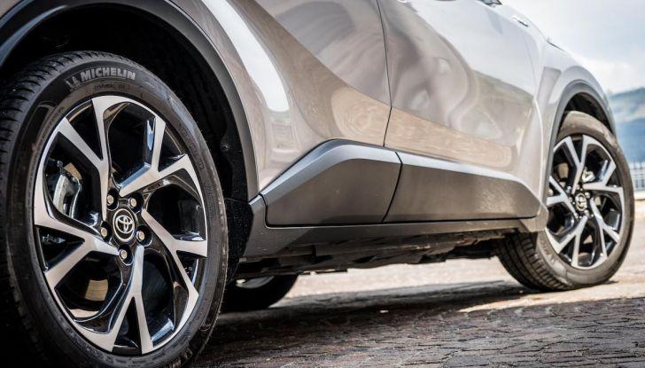 [VIDEO] Toyota C-HR 2018, La nostra prova dell'Hybrid SUV da 26Km/l - Foto 22 di 36