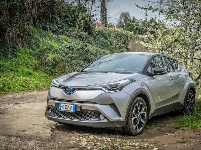 [VIDEO] Toyota C-HR 2018, La nostra prova dell'Hybrid SUV da 26Km/l - Foto 29 di 36